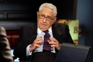 Henry Kissinger is one of several glowing anecdotes presented in the story.