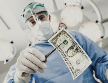 Patient anecdotes in hospital ads mask mediocre quality ratings